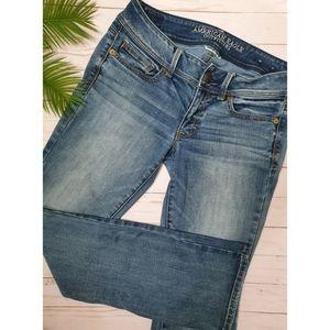 American Eagle Kick Boot Super Stretch Jeans, Women's 6 Regular Light Wash Denim